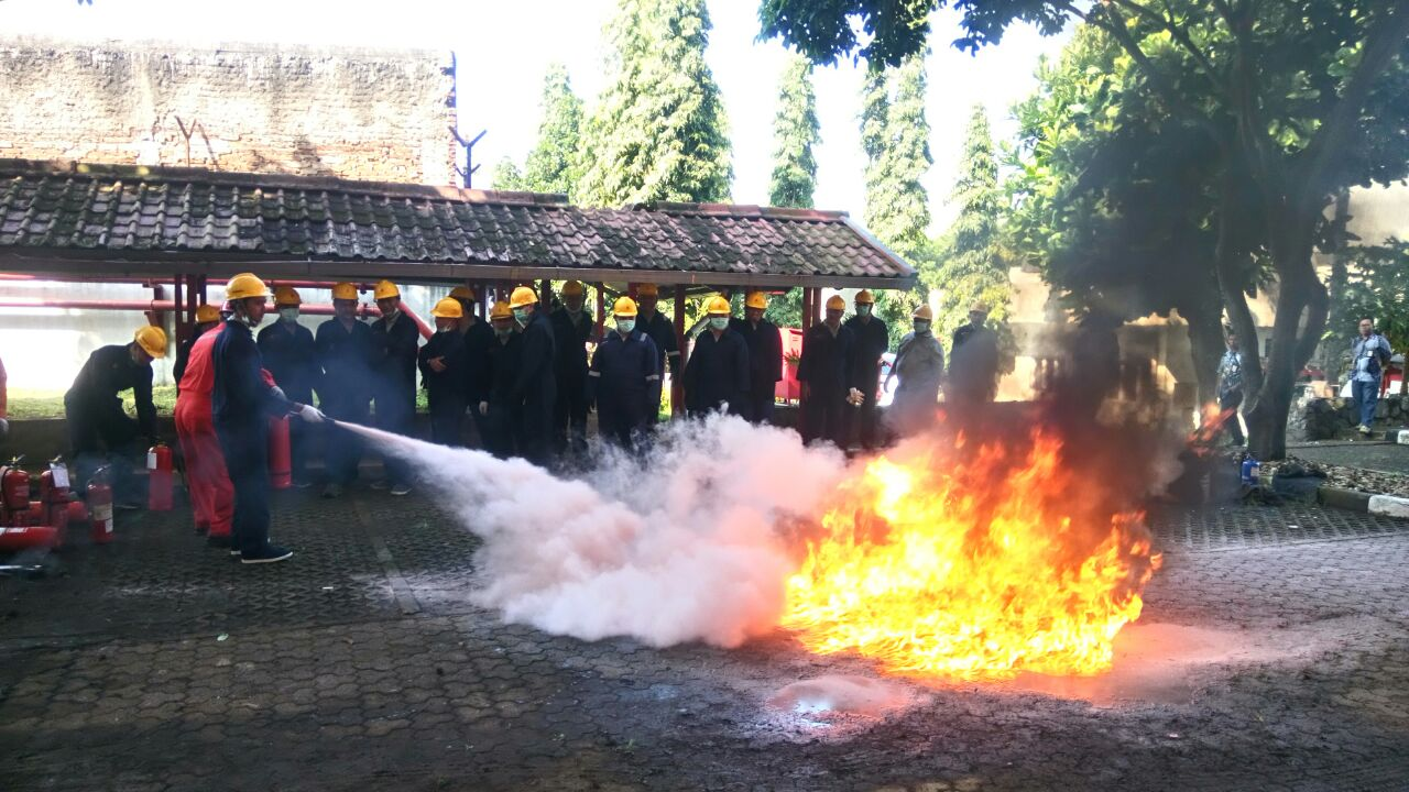 Pelatihan Regu Kebakaran Kelas C (Fire C) Inhouse Telkom Property, 09 s.d 13 April 2018