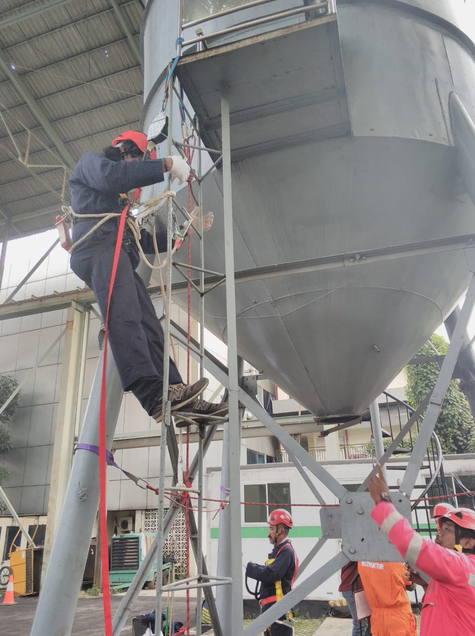 Pelatihan Tenaga Kerja Bangunan Tinggi Tingkat 2 Publik, 15 s.d 16 April 2019 Jakarta